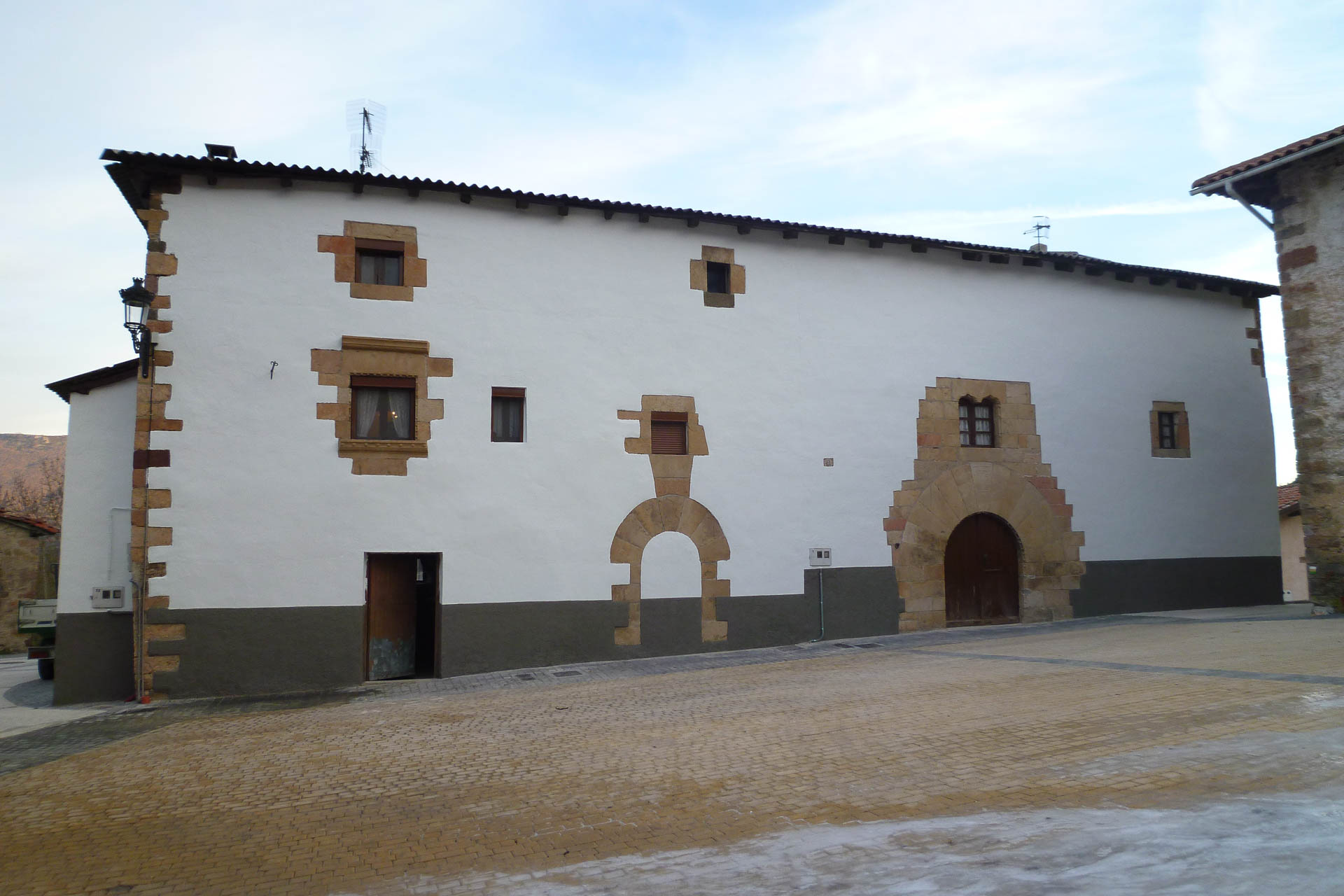 Pintura de Fachada en Saragüeta